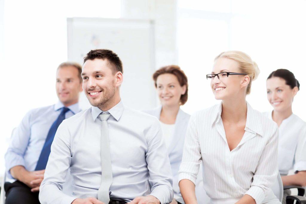 Communiquez avec impact - Élèves assistant a une formation